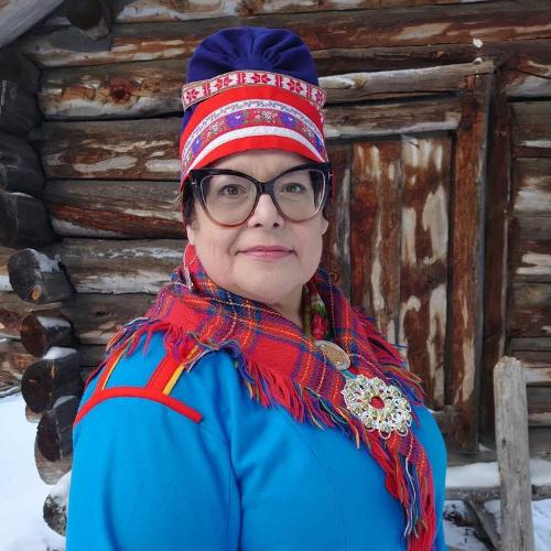 Samesyster nummer 1 i podden Samesystrar. Anna-Stina Svakko gästar mitt första avsnitt.